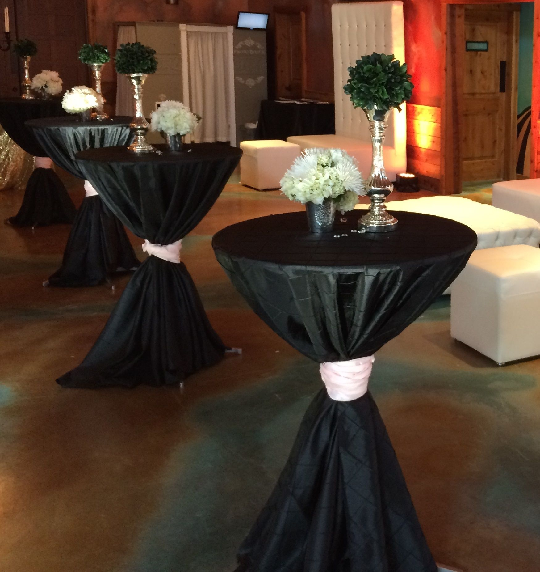 Cocktail tables with black pintuck linen sash dpc for Cocktail table ideas