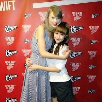 Taylor Swift Updates Tswiftontour On Twitter Red Taylor Taylor Swi Taylor Swift