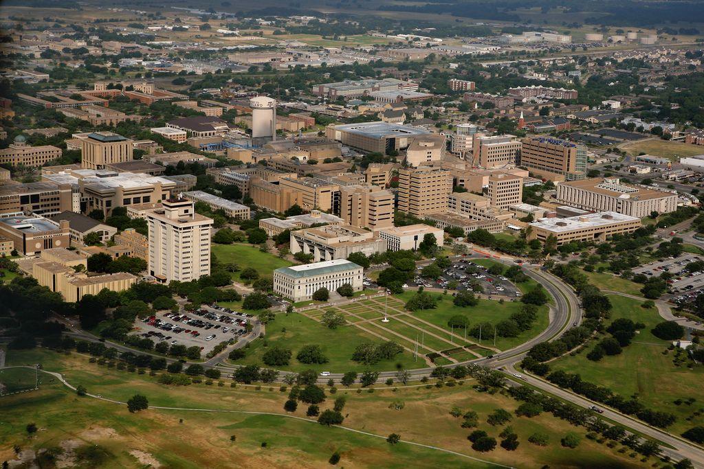 Texas A M University Home Of The 12th Man Gig Em Texas A M University Texas A M College Station Texas