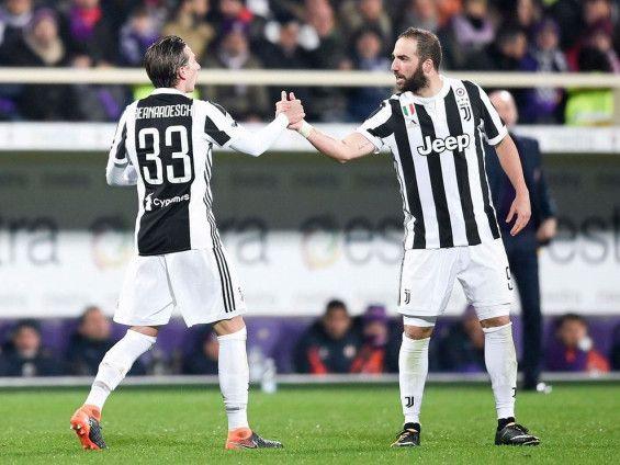 Taklukkan Fiorentina 2-0, Juventus Sementara Ambil Alih