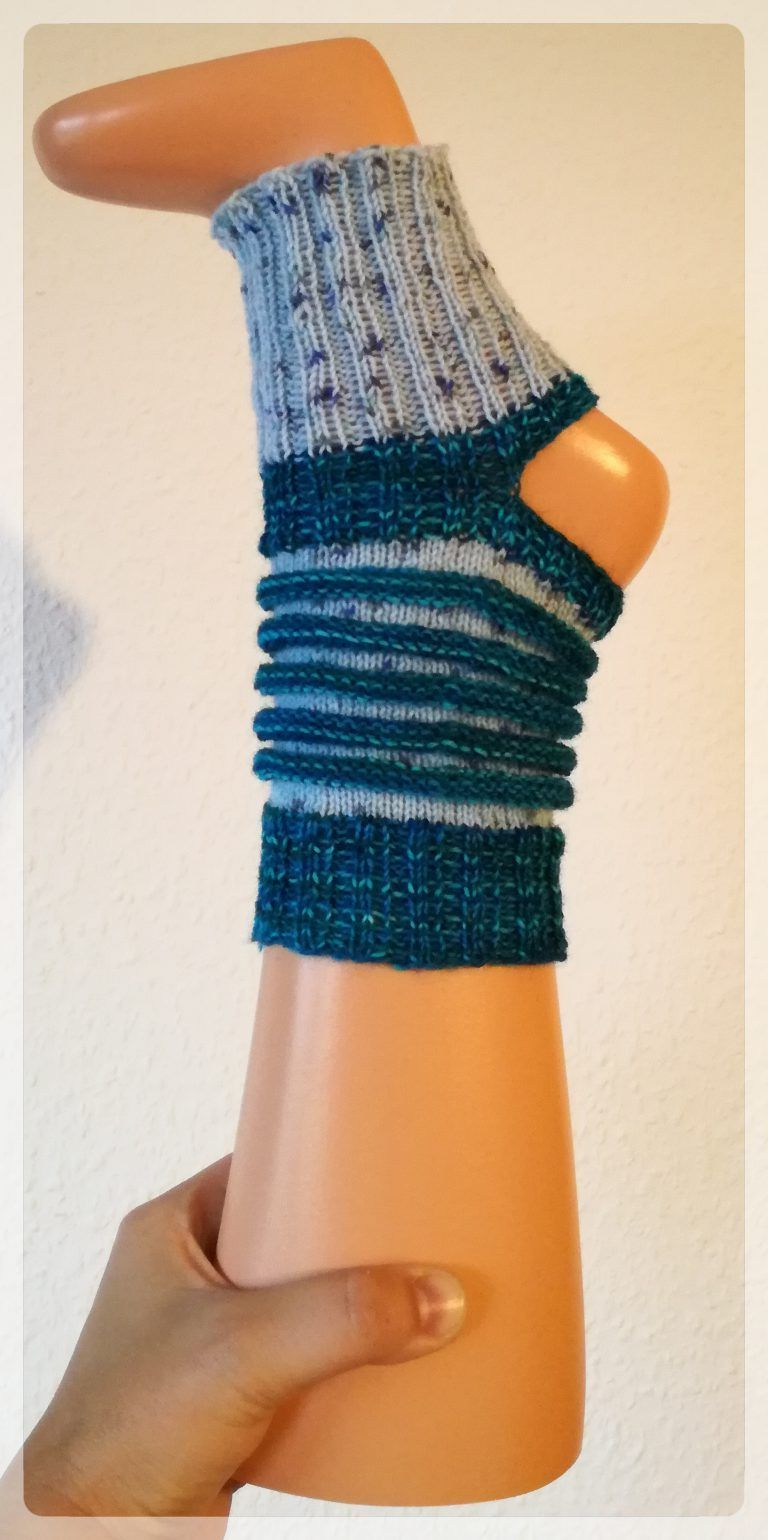 Photo of These yoga socks are quickly knitted from remnants of sock wool. The Fantasi …, #aus #d …