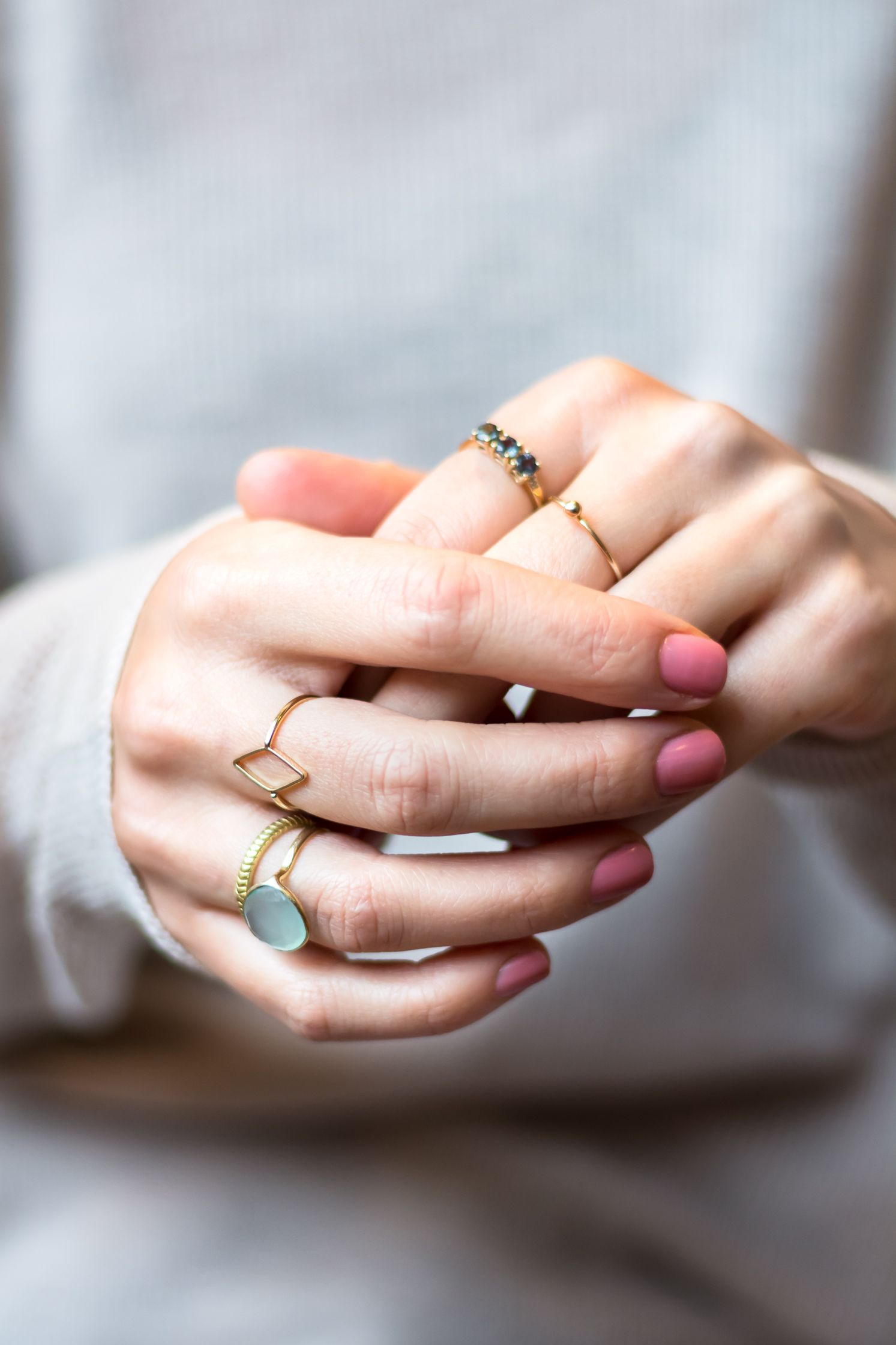 the minimalist jewellery trend to love dainty rings