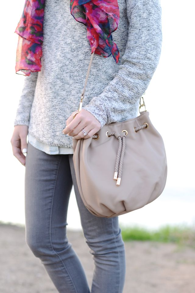 Quentin vegan bucket bag in Taupe   Sole Society
