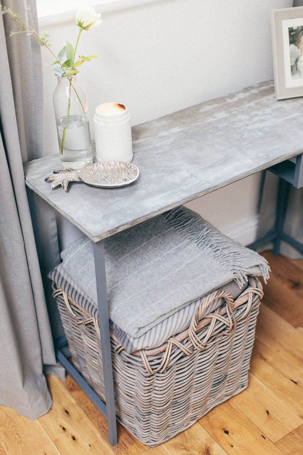 Vittsjo laptop table to upscale side table get home decorating - Ikea Vittsjo Laptop Table Concrete Console Hack