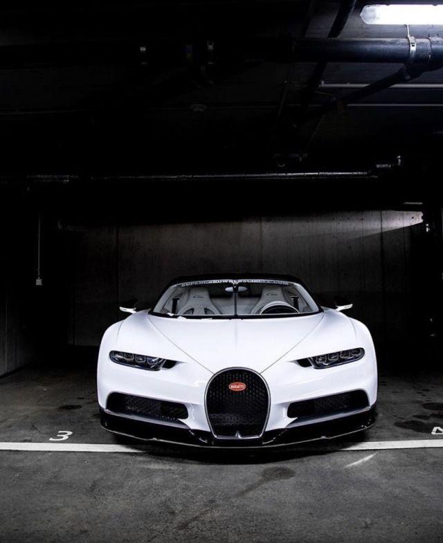 Dreamer Garage