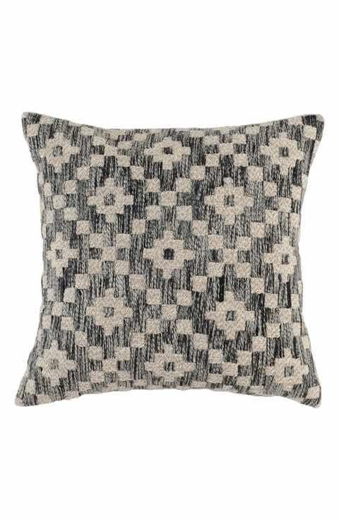 Villa Home Collection Perot Accent Pillow Home Wish List Classy Villa Decorative Pillows