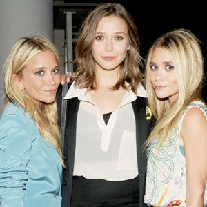 Elizabeth Mary Kate And Ashley Olsen Elizabeth Olsen Style Celebrity Siblings Elizabeth Olsen
