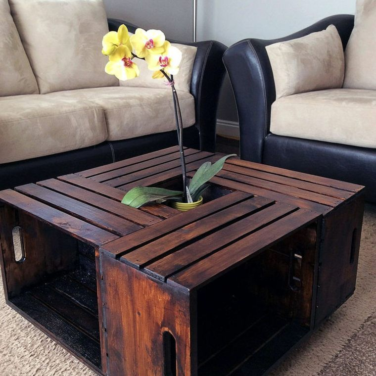 les plus belles tables basses cr es partir de palettes. Black Bedroom Furniture Sets. Home Design Ideas