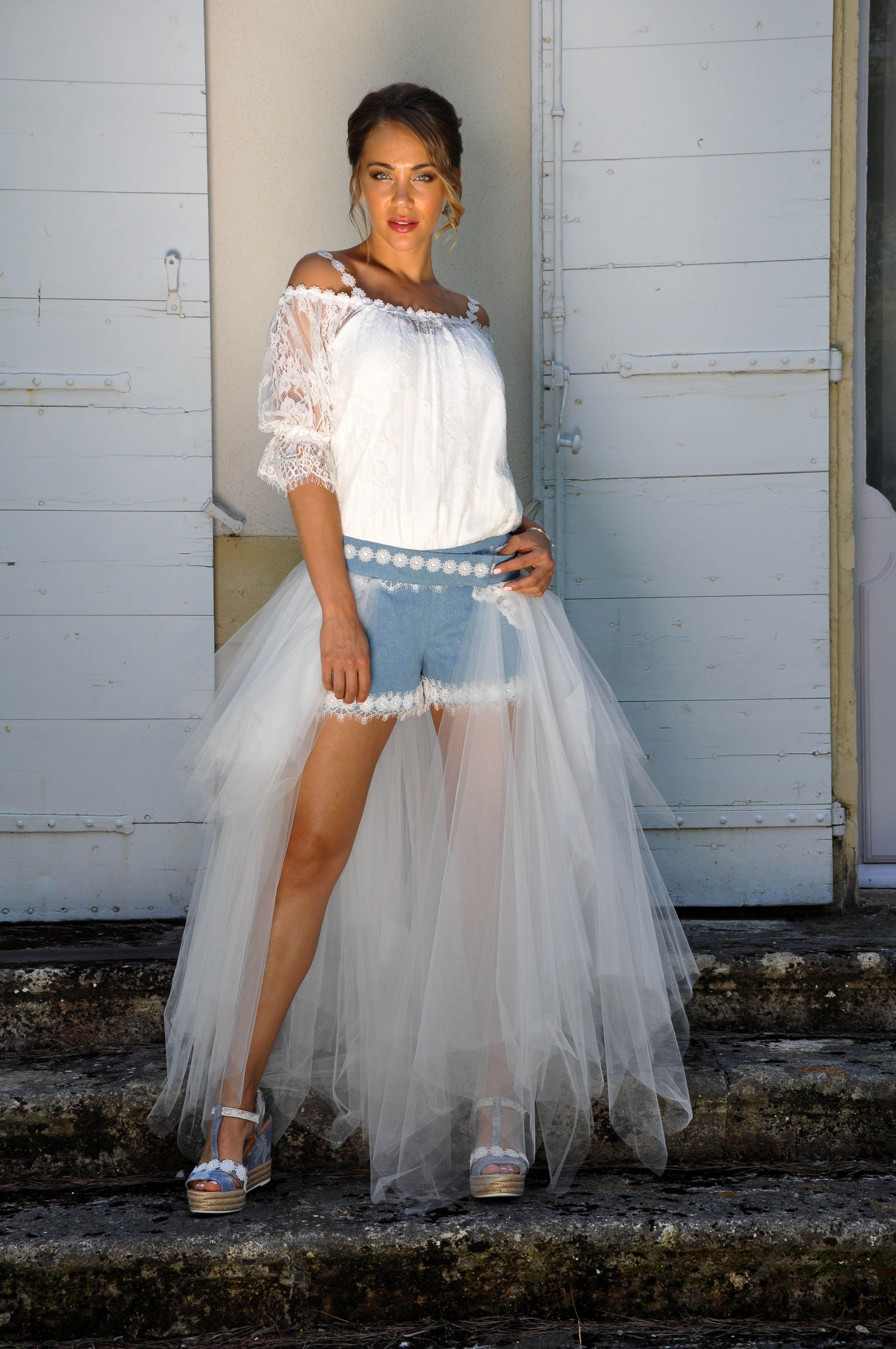 7cc1b907c58 Épinglé par les mariées de Provence sur robes de mariée courtes ...