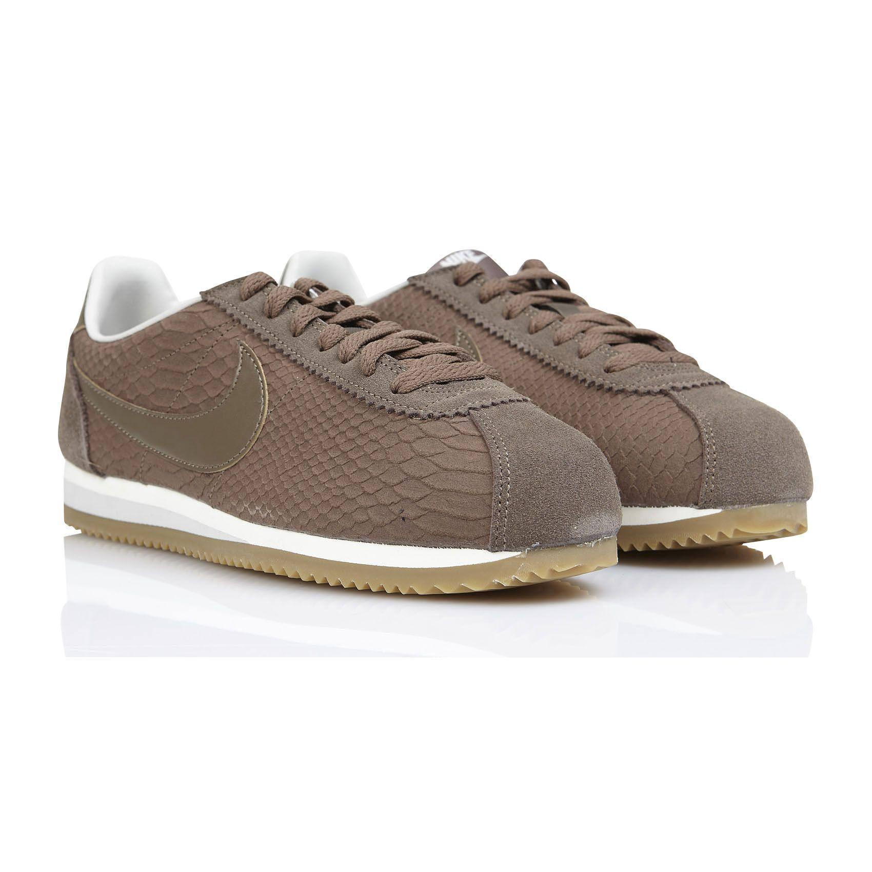 best sneakers 6f944 c3286 ... shoes cuir blanc marron 595de 8d56a  usa eshop nike baskets classic  cortez cuir marron en livraison et retours offerts. retrouvez la