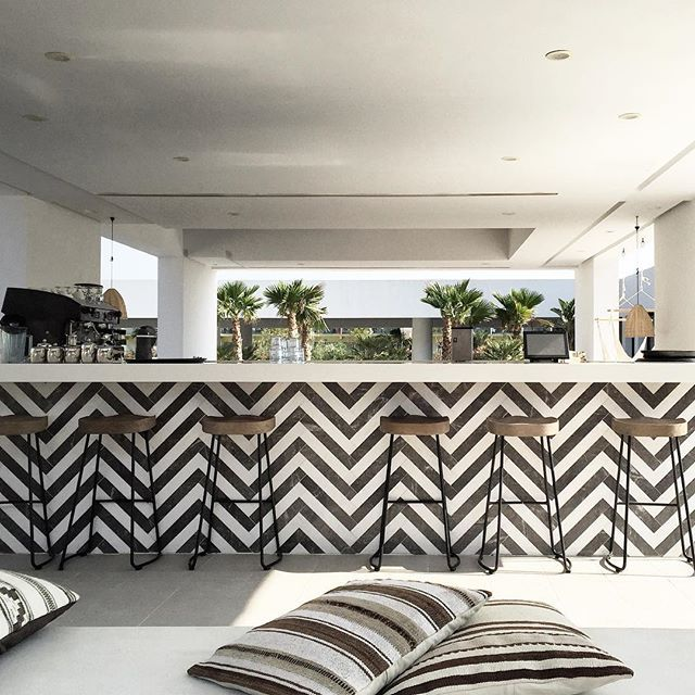Do You Want Something To Drink ?! #bar #cocktails #deco