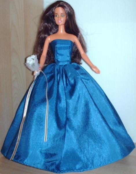 Ballkleider und Schmuck für die Barbie o. ä. Puppen | Kiez-Brands ...