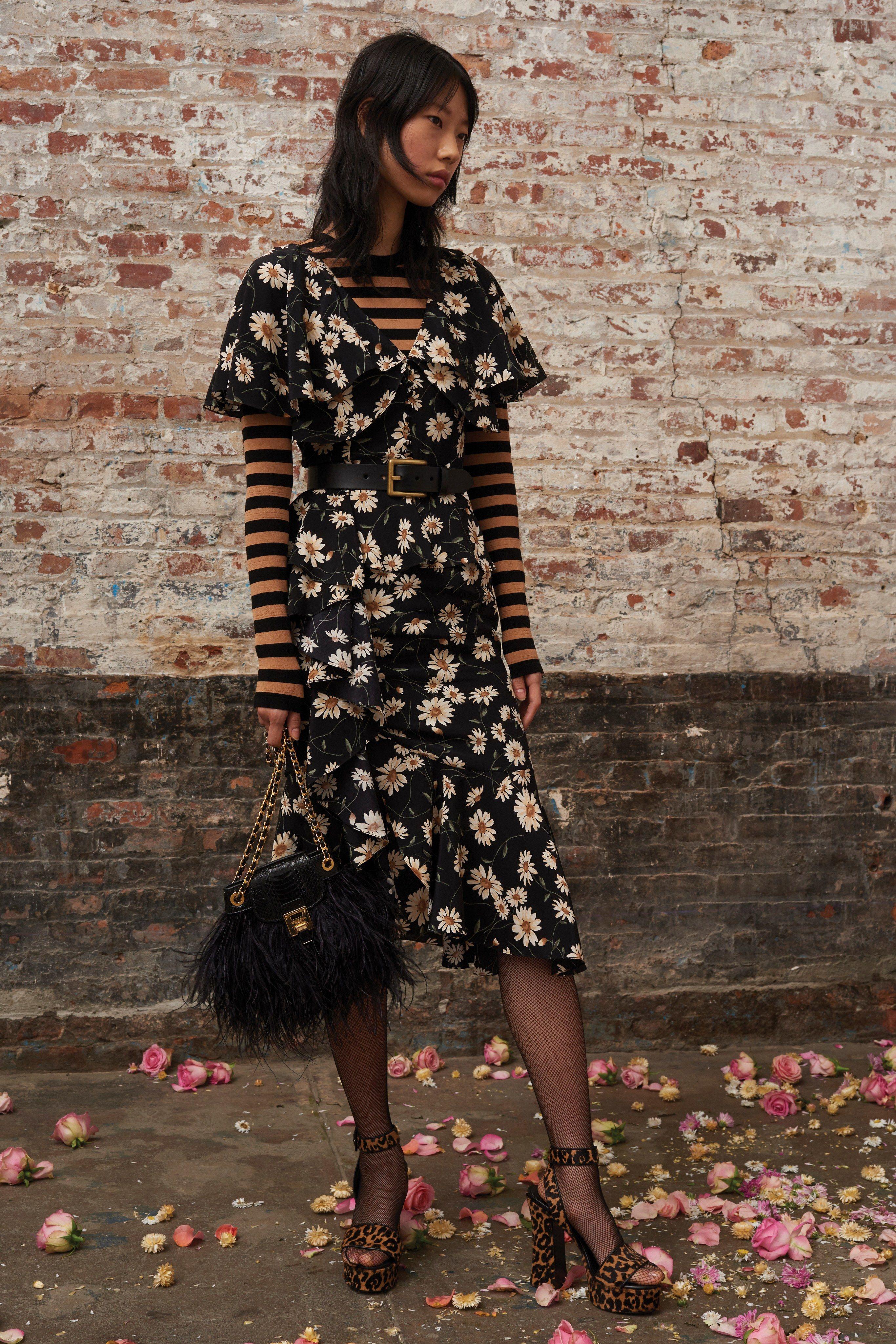 3b5e6d9a785d7 Michael Kors Collection Pre-Fall 2019 Fashion Show in 2019 | Pre ...