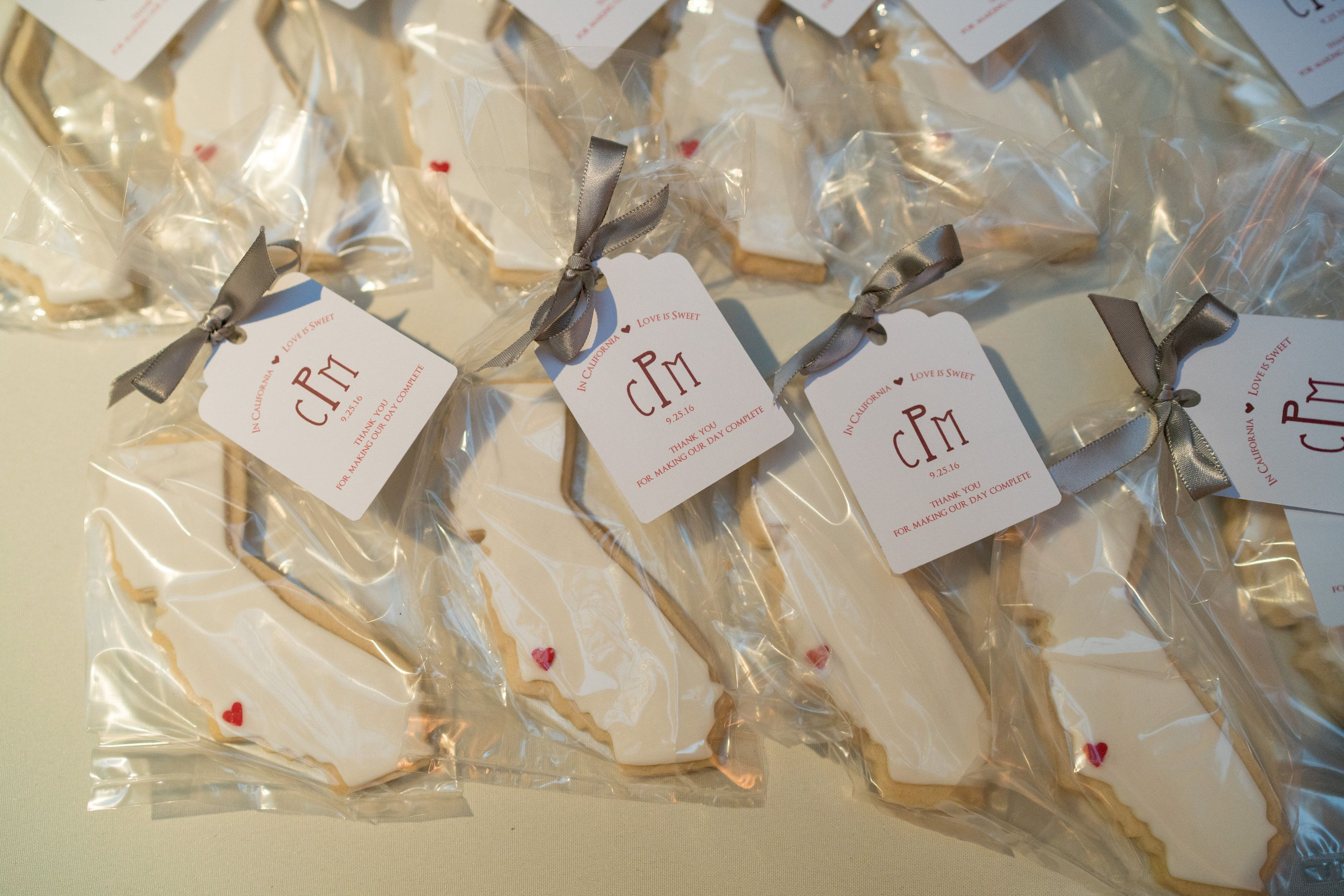 10 Wedding Favors Your Guests Will Love Wedding Favors Pinterest
