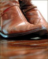 How To Clean Leather With Something Around The House Remove Oil