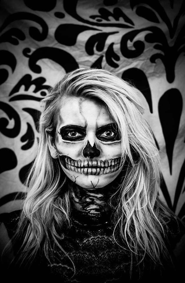 Nicole Cooper face paint