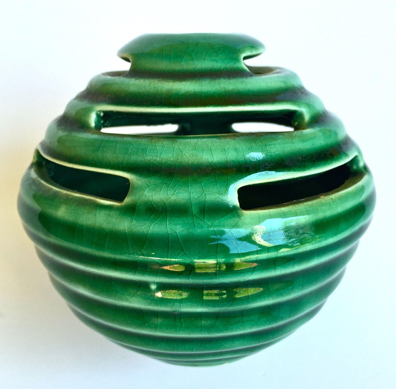 Vintage camark pottery ceramic beehive flower frog centerpiece vintage camark pottery ceramic beehive flower frog centerpiece vase green glaze by yatsdomino on etsy reviewsmspy