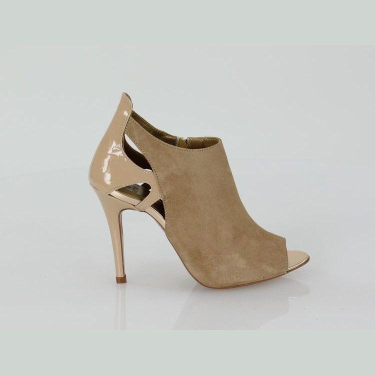 Open toe bootie in suede - March 23