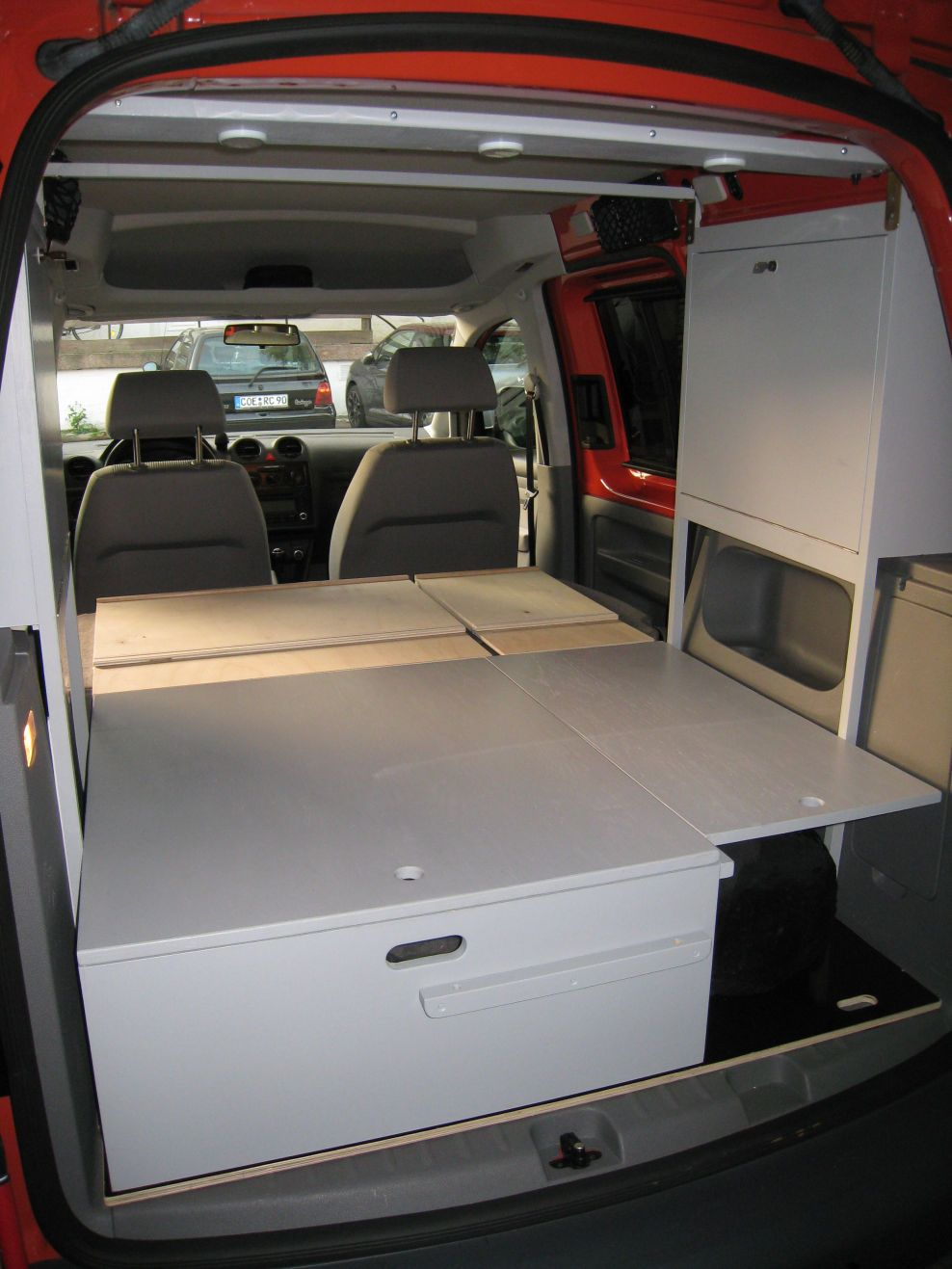 2012 10 20 vw caddy innenausbau 19 travelling mini. Black Bedroom Furniture Sets. Home Design Ideas