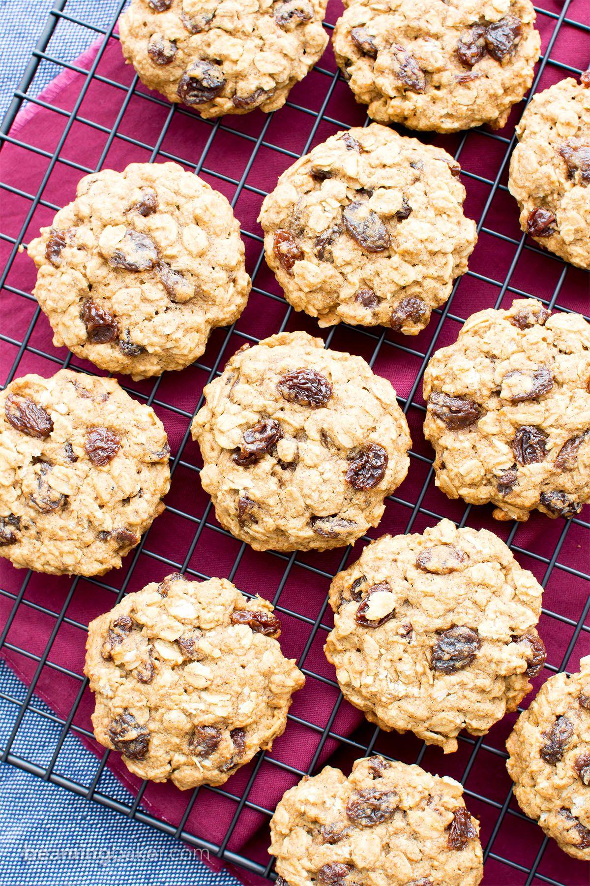 Easy Gluten Free Vegan Oatmeal Raisin Cookies V Gf Df An Easy Recipe For Sof Vegan Oatmeal Raisin Cookies Vegan Gluten Free Cookies Oatmeal Raisin Cookies