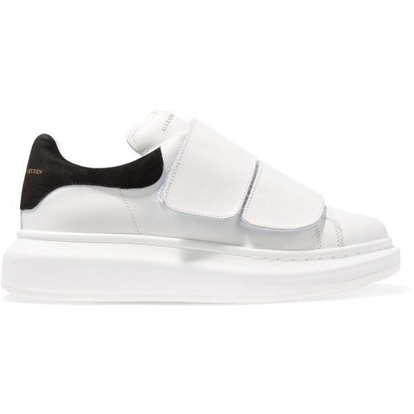 Alexander McQueen Leather and suede exaggerated-sole sneakers (25.900 RUB) ❤ liked on Polyvore featuring shoes, sneakers, white, velcro sneakers, white velcro shoes, white shoes, alexander mcqueen shoes and velcro strap shoes