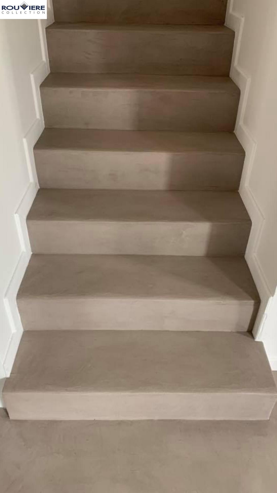 Modernisez Vos Escaliers Avec Un Revetement Enduit Beton Cire Escalier Beton Cire Beton Cire Escalier