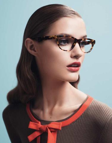 83a1cf8d5 EYEWEAR DIARY: A primeira coleção de óculos da grife francesa Paule ...