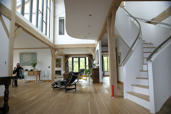 Best White Closed Bannister With Oak Stairs Quality Bespoke 400 x 300