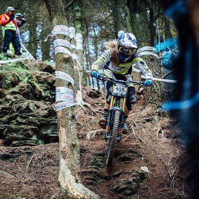 Gutted to pull out and not race the finals of the BDS national at Llangollen yesterday, but such is life! Pretty intense track, mad respect to all the girls that rode and raced, impressed!! Cheers @ianleanphoto for capturing me on my bike!!