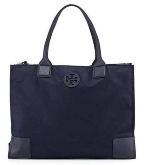 63a5e2fe475 Get one of the hottest styles of the season! The Tory Burch Packable Navy  Nylon Leather Tote is a top 10 member favorite on Tradesy.