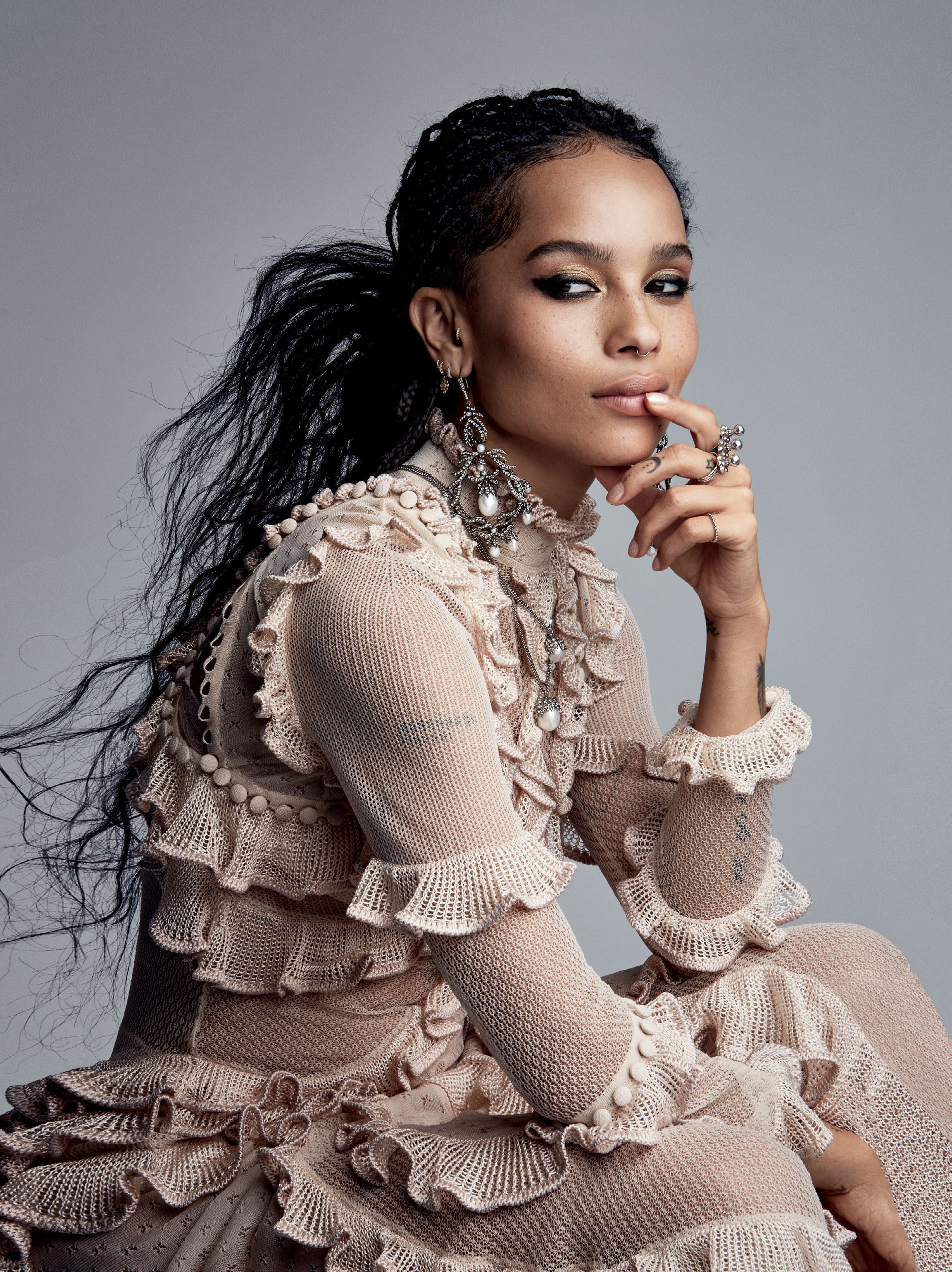 zoe kravitz in us vogue ear to ear photographer patrick zoe kravitz in us vogue 2016 ear to ear photographer patrick de elier
