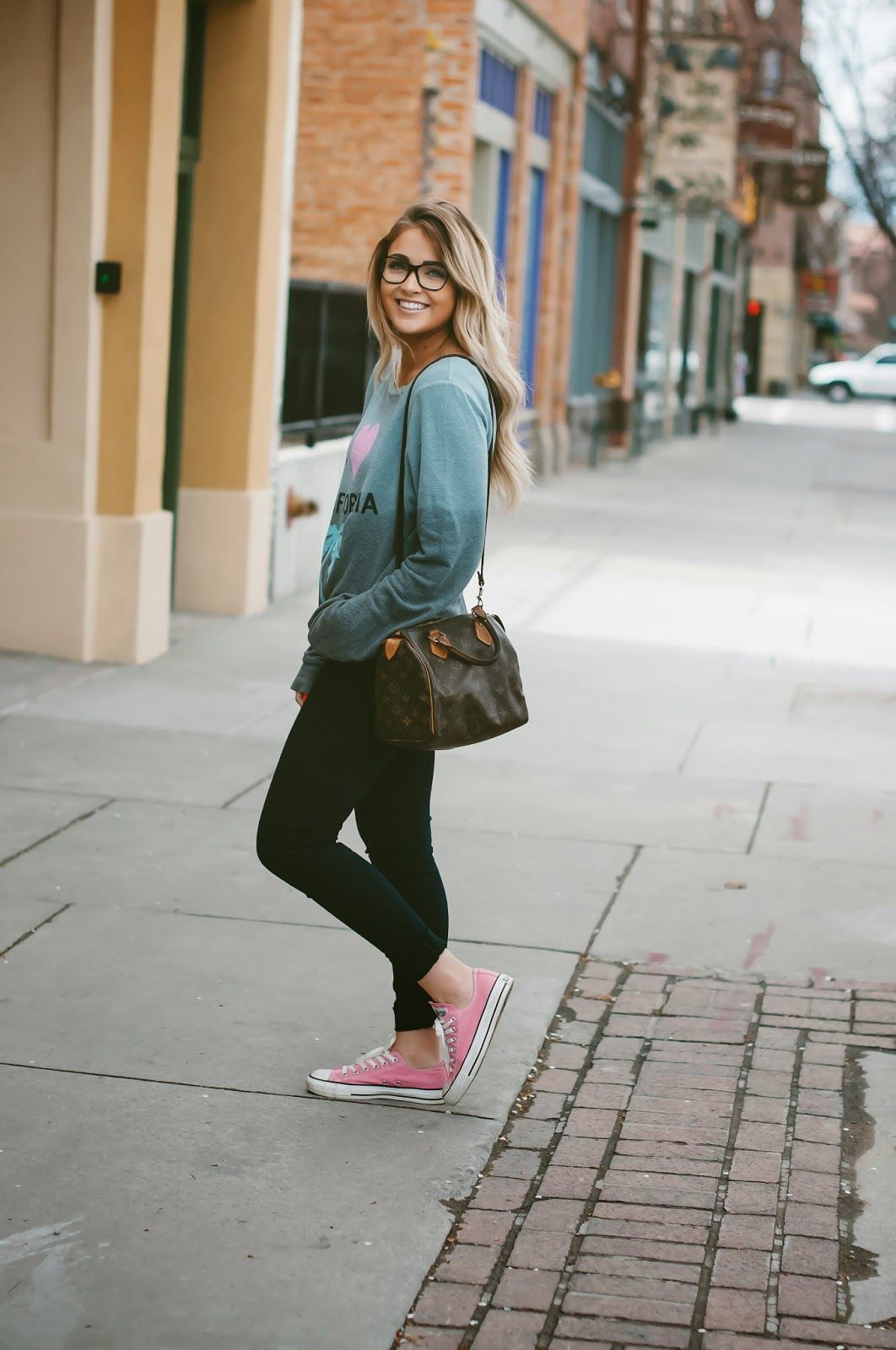 CARA LOREN: This Is Me // Mi lookbook outfit perfecto para ir a clases