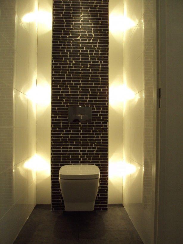 Mooi met indirect licht toilet pinterest wc badkamer en verlichting for Idee betegelde toiletruimte