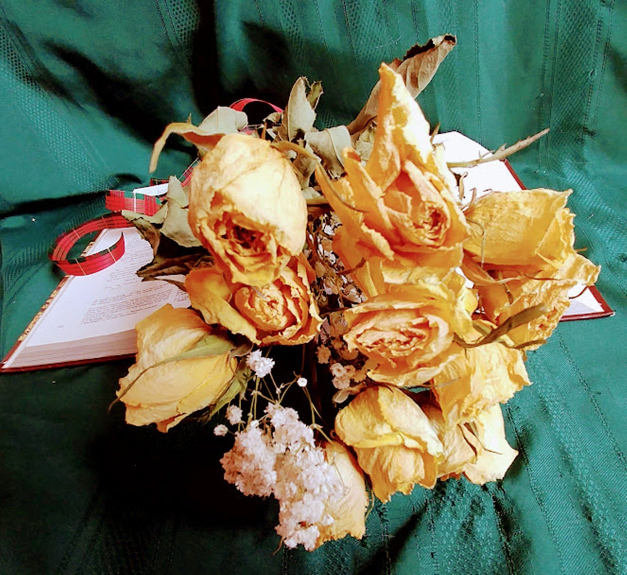 Dried Flower Bouquet Roses Real Yellow Dried Rose Flower Arrangement Air Dried Natural Roses Weddin In 2020 Rose Flower Arrangements Dried Flower Bouquet Dried Flowers