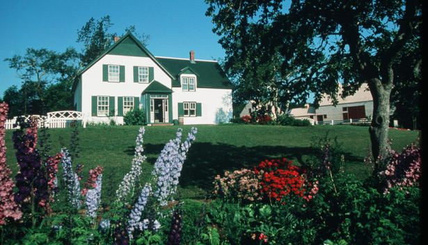 Anne Of Green Gables House On Prince Edward Island Gable House Green Gables Anne Of Green Gables
