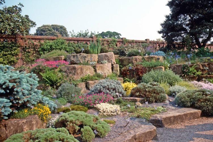 Steingarten gestalten mit vielen PFlanzen bei bereits vorhandenen ...