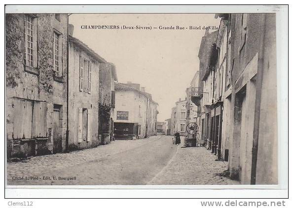 Cartes Postales / champdeniers - Delcampe.fr (avec images)   Carte postale, Postale, Cartes