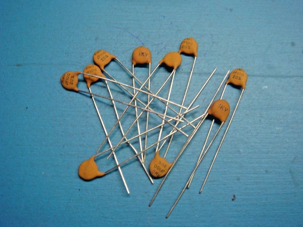10 Mallory Rmc Jf100 100pf 0001uf 1000v 20 Radial Ceramic Disc Capacitor Malloryrmc Capacitors Electronics Projects Diy Tech