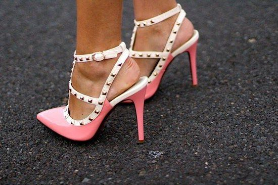 2+pink+pumps.jpg 550×366 pixels