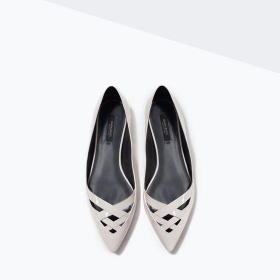 Zara Zapato plano texturizado color beige Zapatos de Mujer