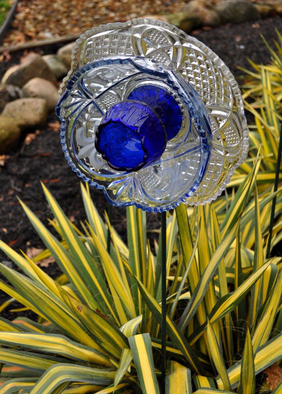 Recycled Glass Flower Sun Catcher Garden Art, Garden Decor   Made Of Glass  Plates,