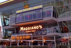 Maggiano S Little Italy Las Vegas E To The Fashion Show Mall And Dine Here You Will Thank Me Later