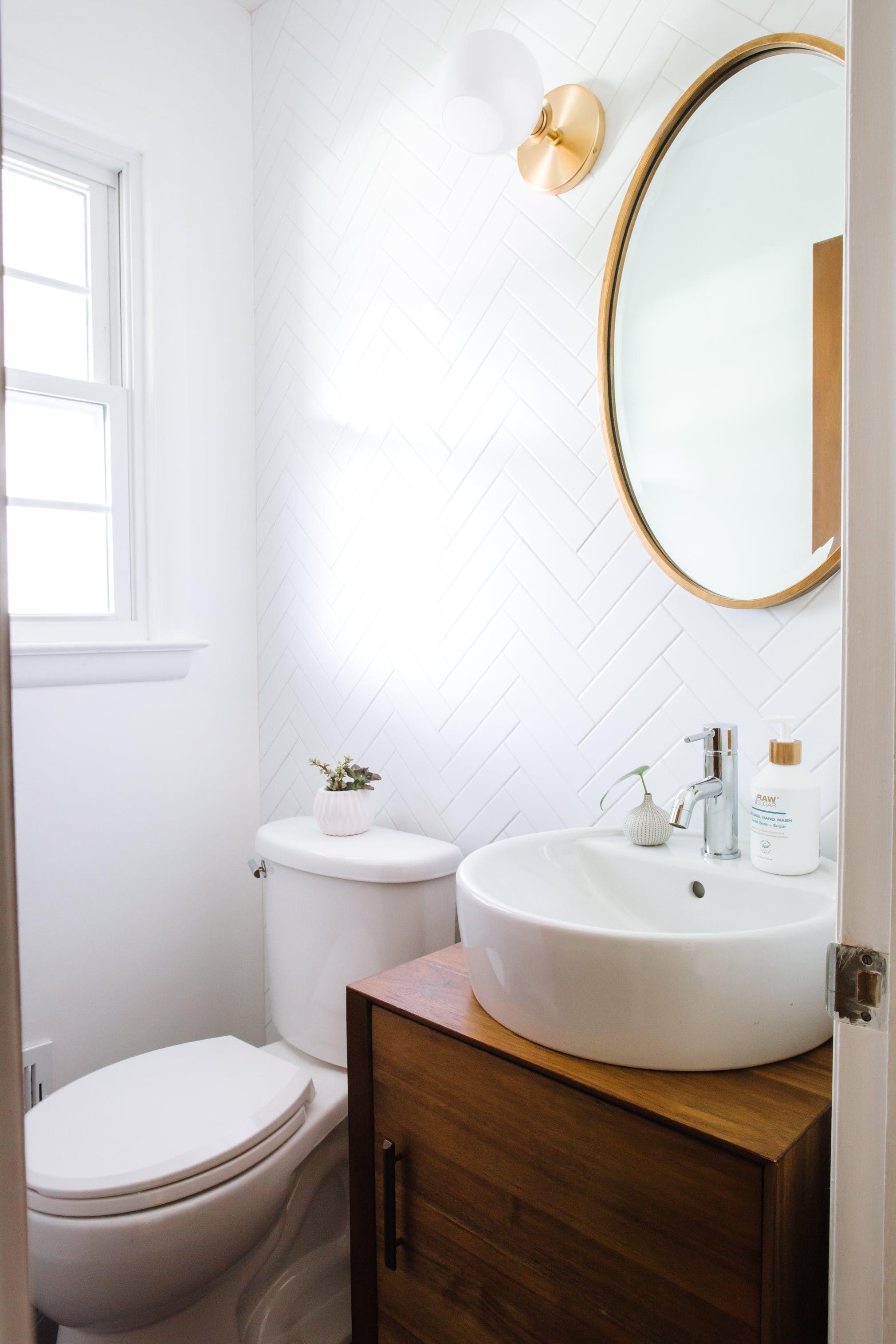 A Photographer S Bright Home In Michigan Small Bathroom