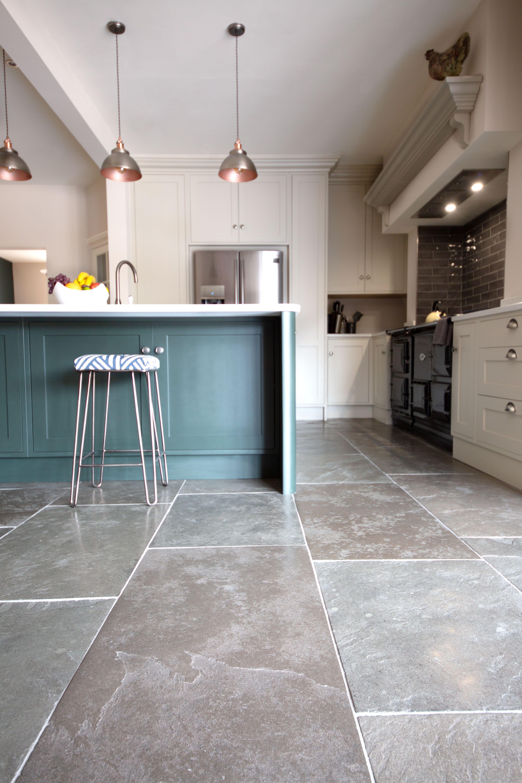 Windsor Grey Limestone Tiles Flagstone Floor Tiles Mystonefloor In 2020 Stone Tile Kitchen Floor Grey Tile Kitchen Floor Flagstone Flooring