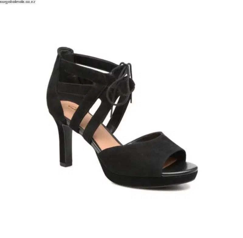 Uk company clarks Ladies shoes size 8