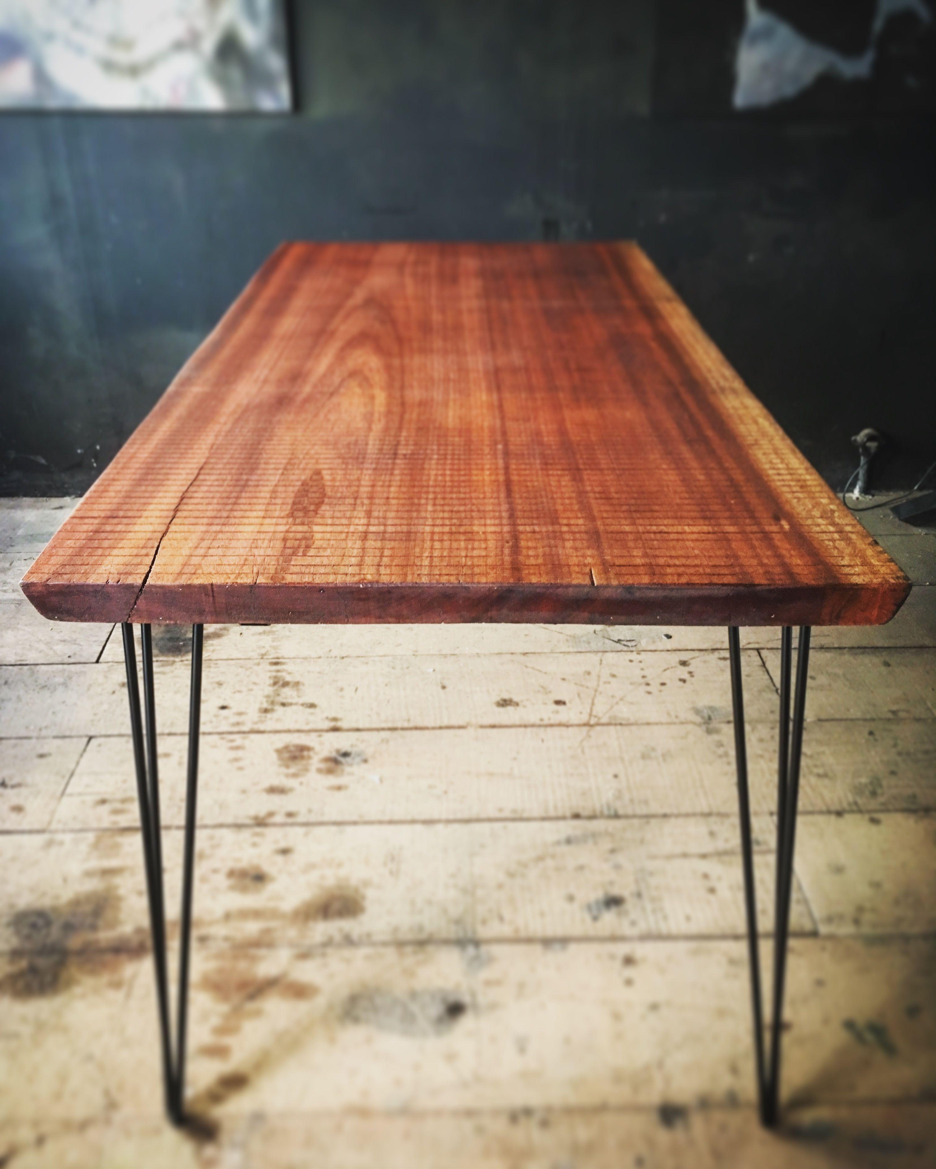 Apple Crate-Table Rustique Avec en Bois Massif Métal épingle à cheveux jambes