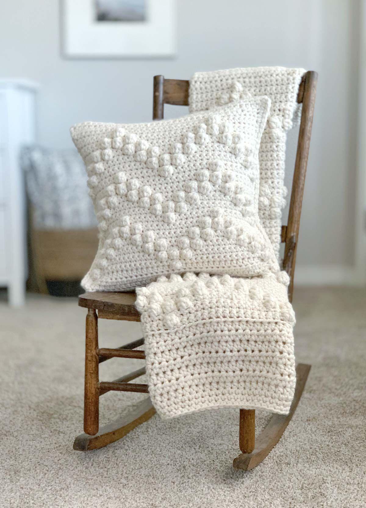 Free Crochet Bobble Stitch Afghan Pattern - perfect modern farmhouse vibes