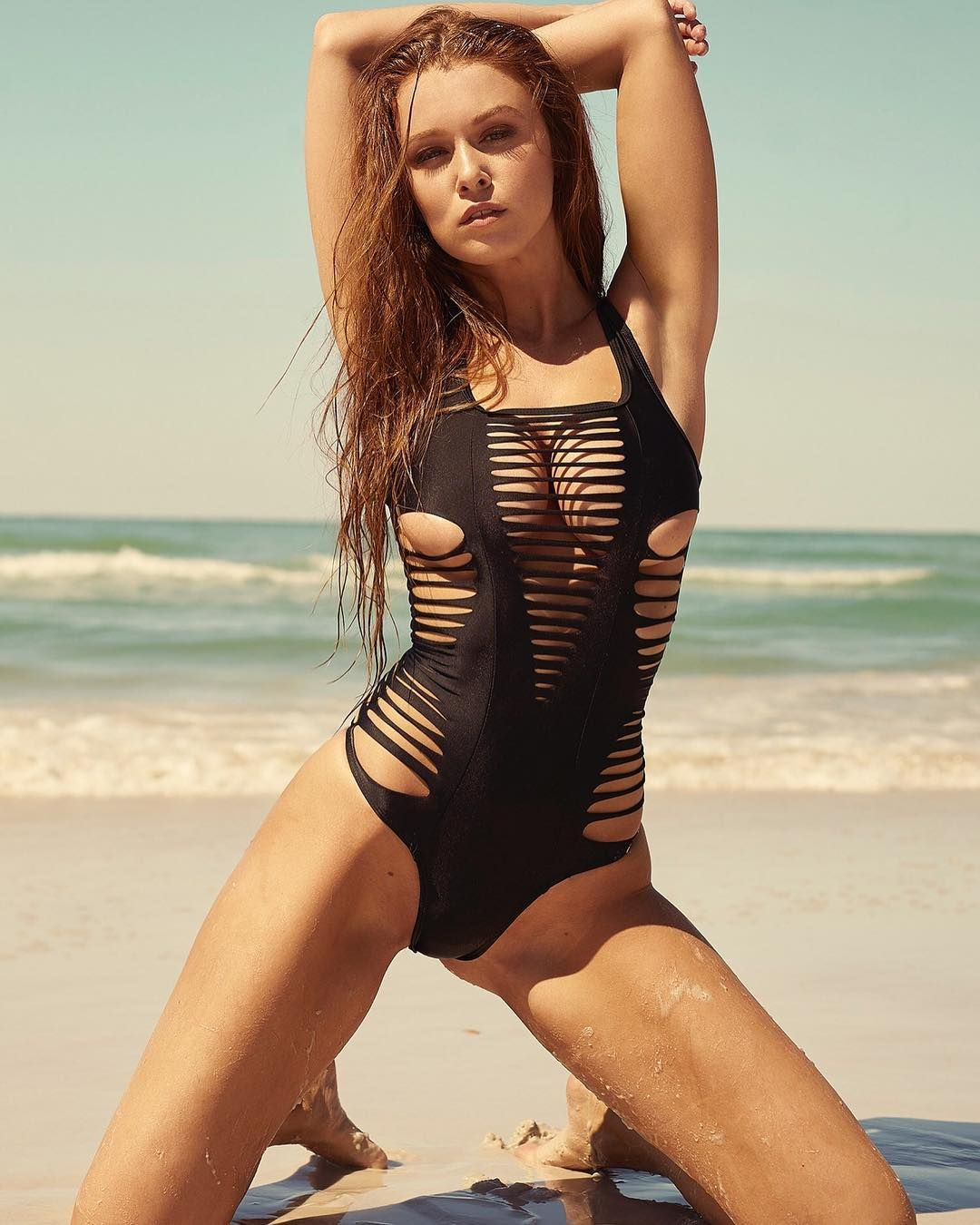 Playboy Cyber Girl Leanna Decker Pictures Videos Gifs Eye Candies On Social