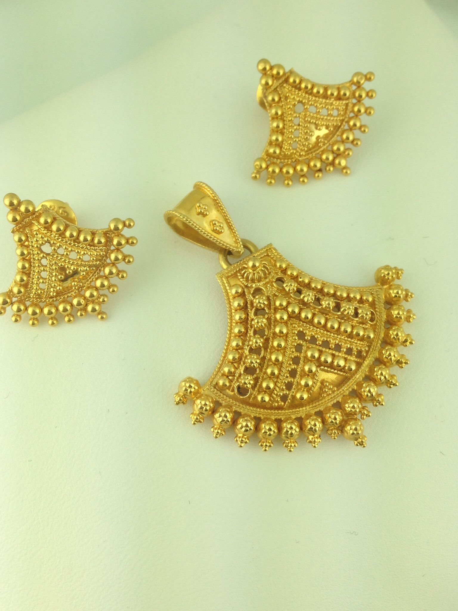 k gold pendant set grams Neck Pinterest Pendant set