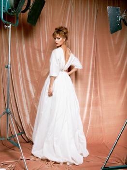 Ulyana Sergeenko beautiful simple dress
